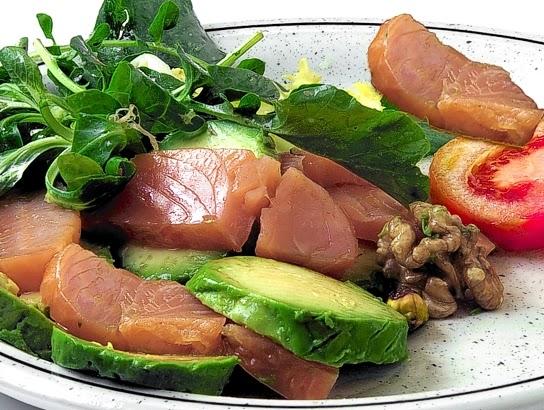 La gastrocinemia ensalada de aguacate y salm n ahumado - Ensalada de aguacate y salmon ahumado ...