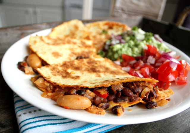Oppskrift Hjemmelaget Quesadilla Bønnechili Vegansk Vegetar Meksikansk Salsa