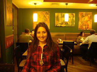 alin's cafe, izmirde yemek, restoranlar, şık restoran, alins, bostanlı, kıbrıs şehitleri, yemek yemek