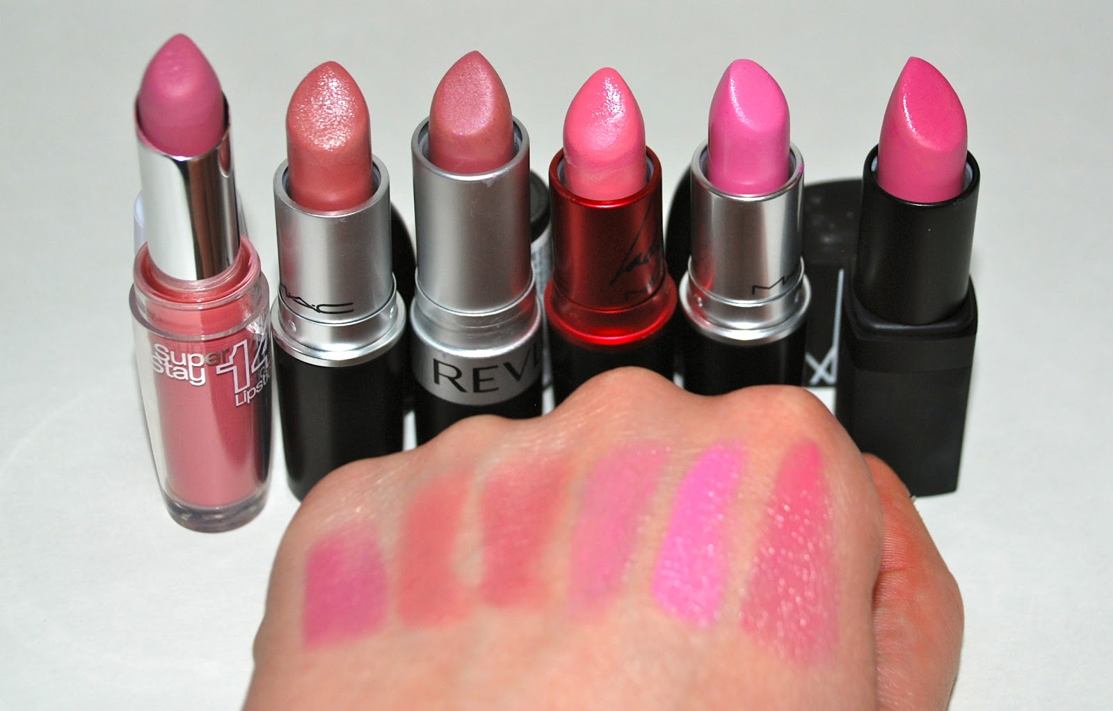 Makeup and beauty at your fingertips: Battle of the pink lipsticks