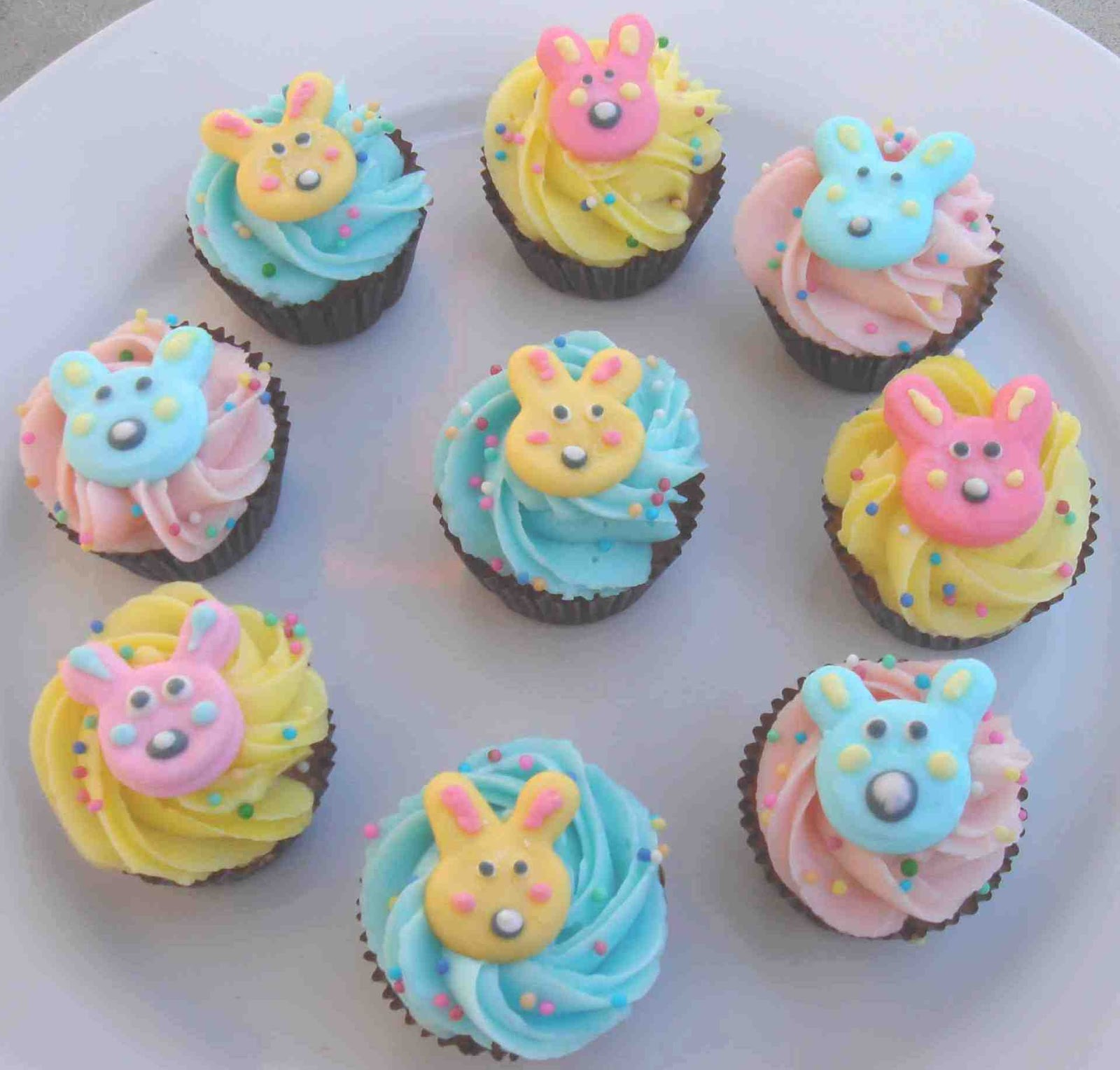 Easter Cake Decor Ideas : Cupcake Decorating Ideas for Easter : Let s Celebrate!