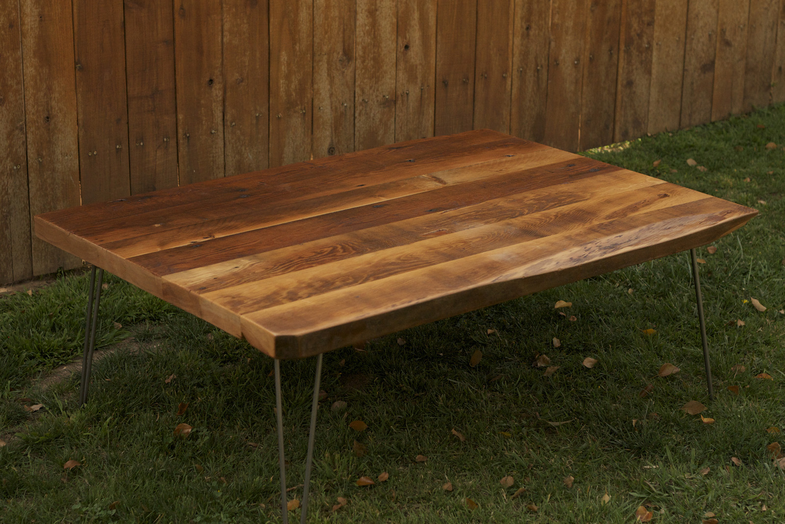 ... | Reclaimed Wood Furniture: Rustic Coffee Table with Hairpin Legs