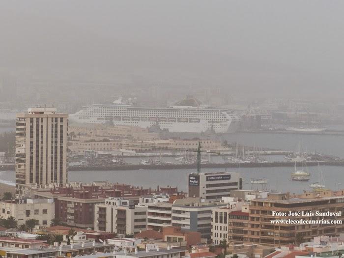 Fotos calima Las Palmas de Gran Canaria 23 diciembre