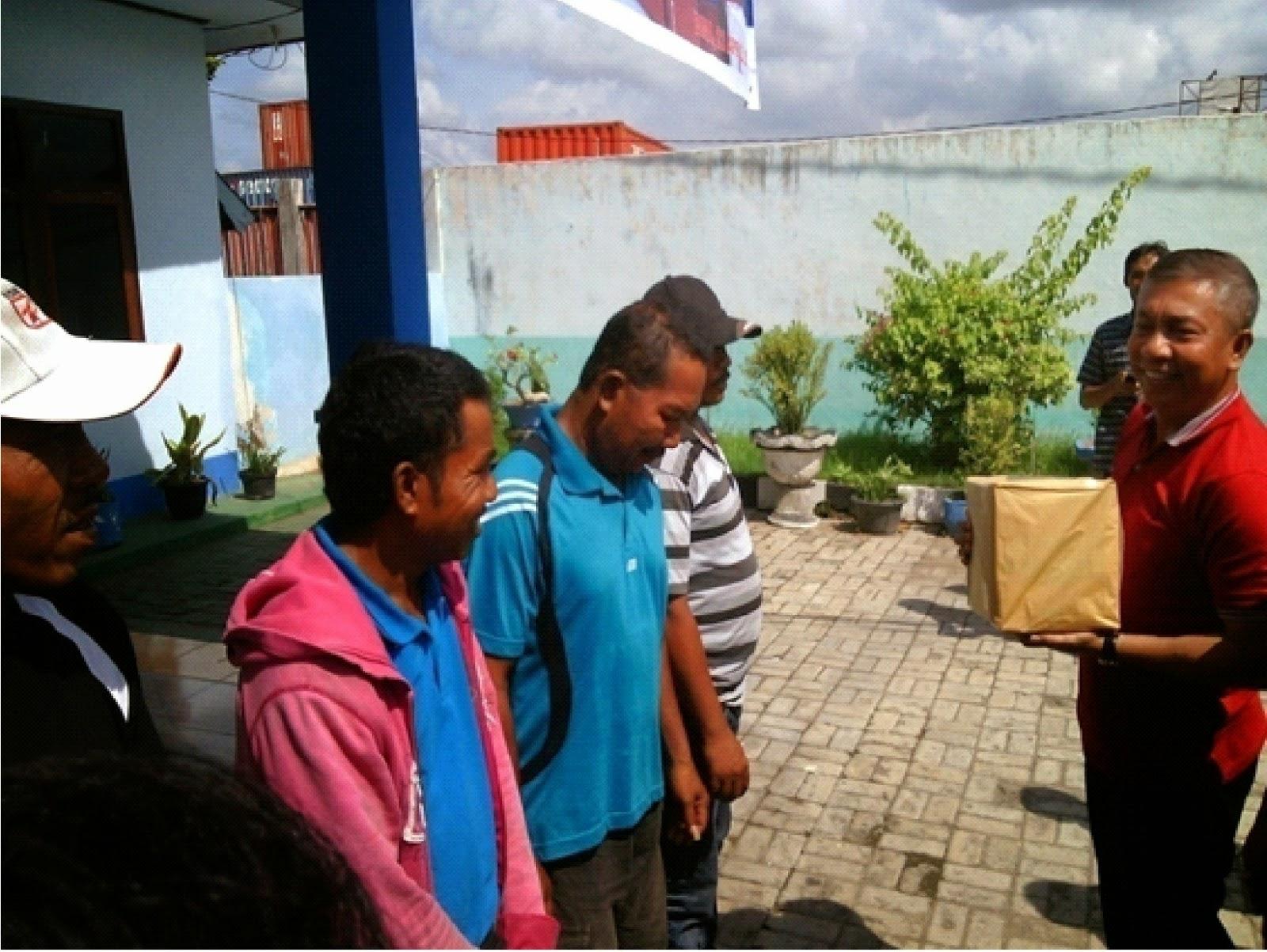 PT. Pelindo III Peduli Pekerja Bongkar Muat