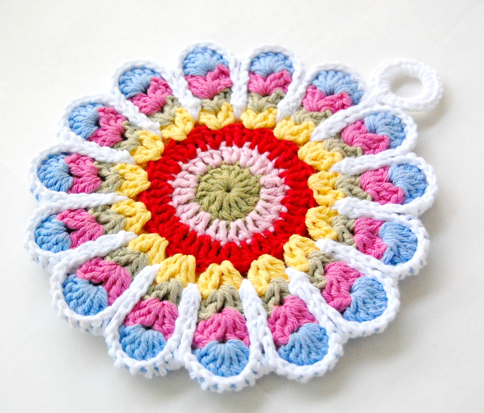 Crochet Flower Potholder Pattern : hopscotch lane: Two Potholders