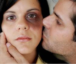 Maltratar a una mujer para sentirse hombre es el paso mas facíl para dejar de serlo.