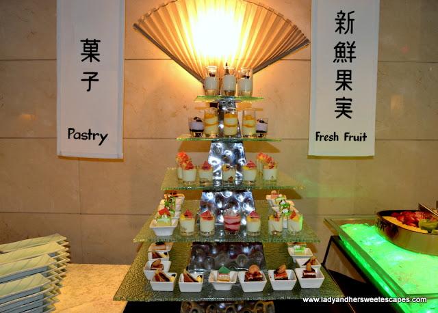 desserts at Minato