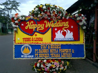Florist Jakarta Timur Bunga Papan Jakarta Timur