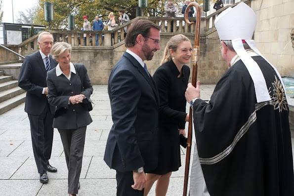 Grand Duke Henri and Grand Duchess Maria Teresa were joined by Hereditary Grand Duke Guillaume, Hereditary Grand Duchess Stéphanie, Archduchess Marie-Astrid and Archduke Carl Christian