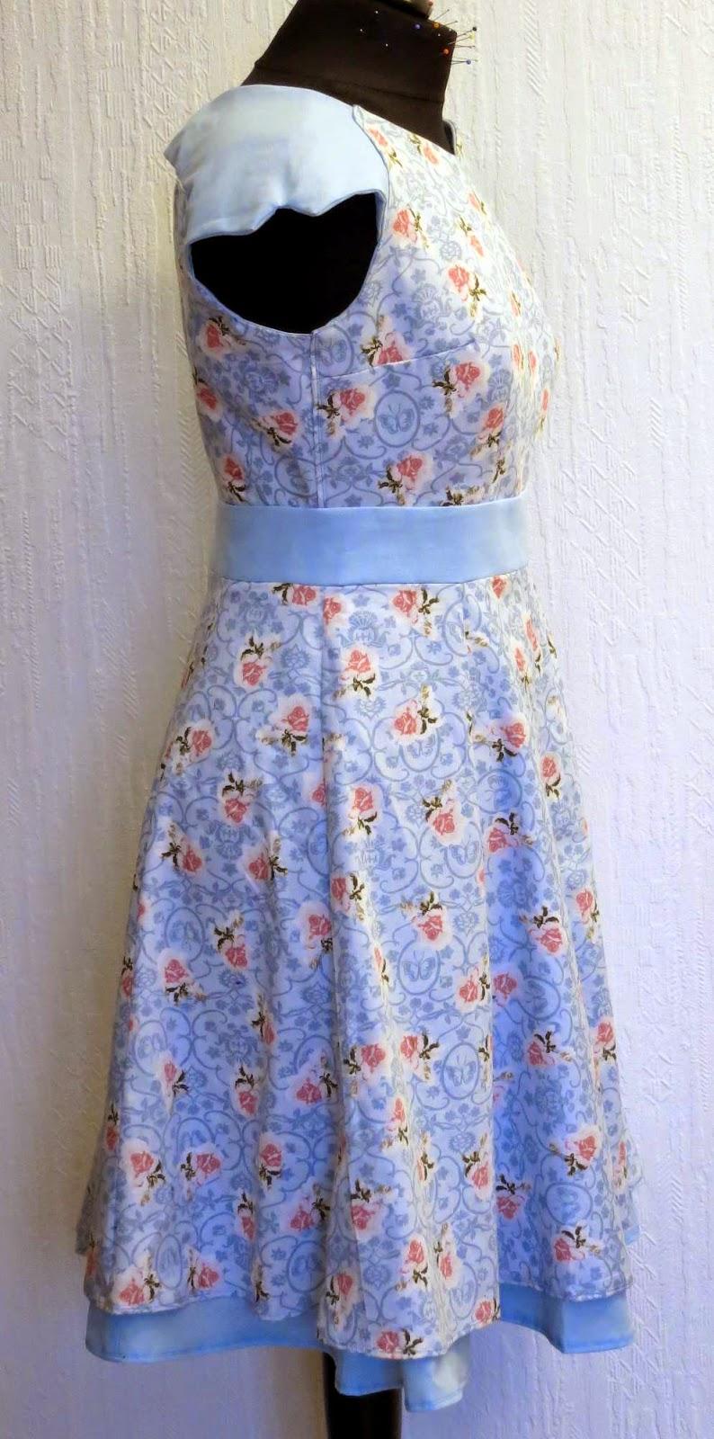 ♥ Ninschis Sammelsurium ♥: Kleid ohne Anleitung nähen.
