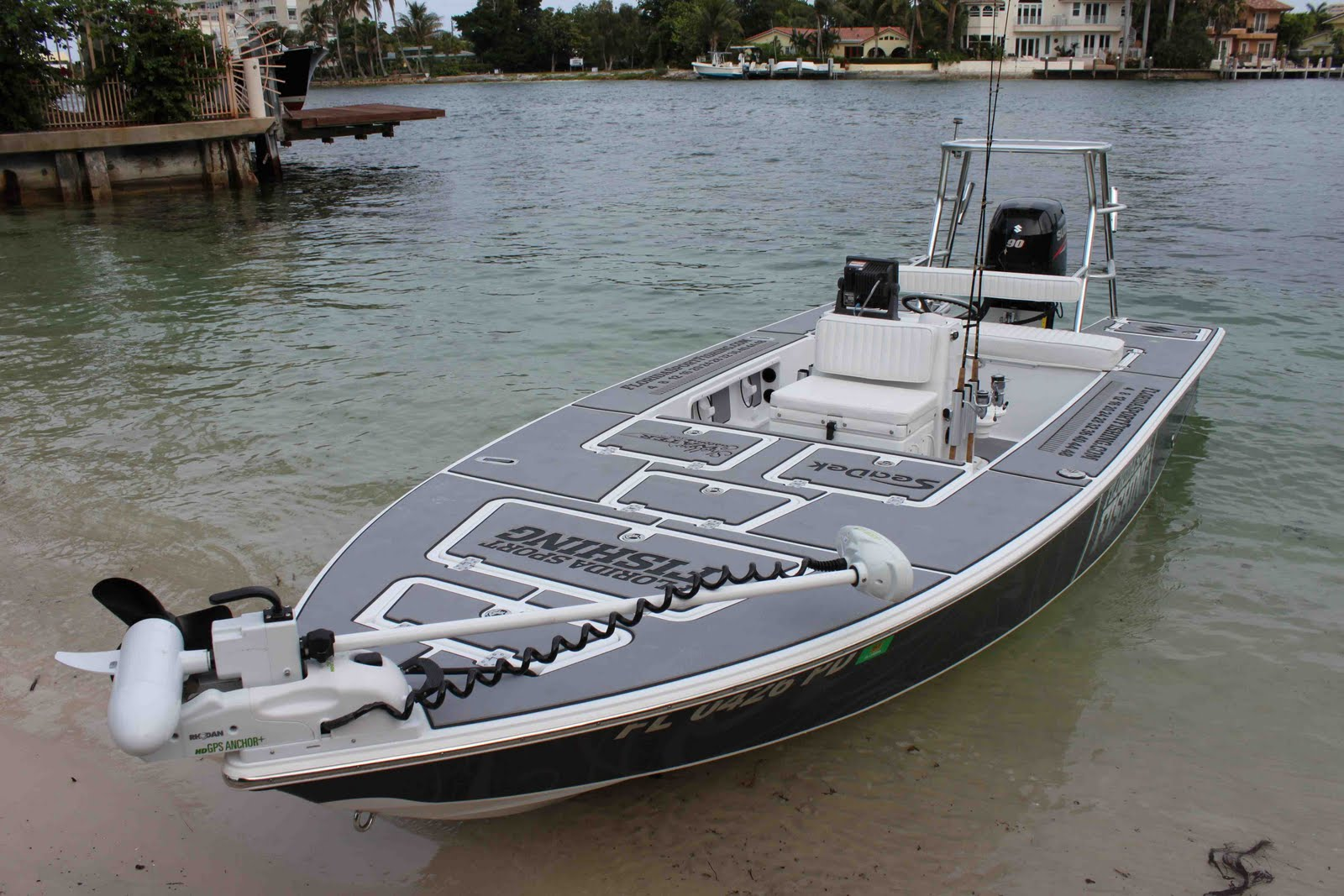 Florida sport fishing boat for avid angler seadek marine for Fishing platform boat