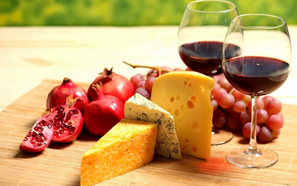 wine-cheese-fruits-wallpapers