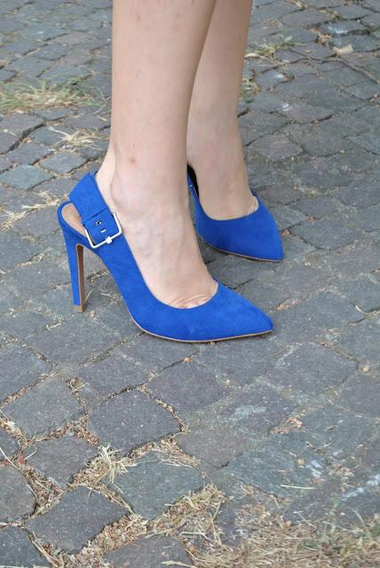 outfit scarpe blu come abbinare le scarpe blu abbinamenti scarpe blu abbinamenti blu e giallo scarpe zara scarpe blu zara modello chanel scarpe blu sling back sling back outfit scarpe sling back outfit sling back shoes street style scarpe modello chanel tendenza estate 2015 scarpe estate 2015 scarpe estive sling back shoes