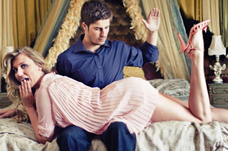 spanking novia