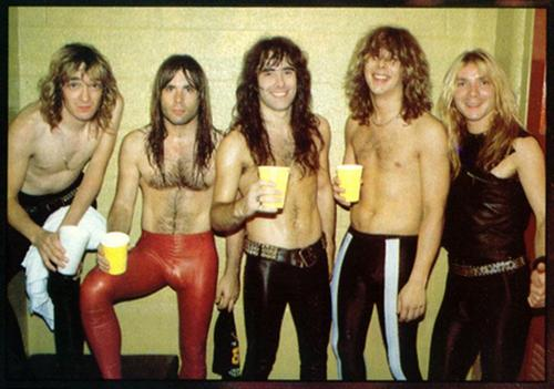Visual do Iron Maiden nos anos 80