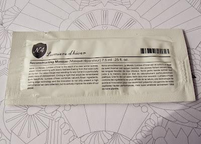 Birchbox Number 4 Lumiere d'Hiver Reconstructing Masque