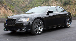 2012 Chrysler 300C Pictures