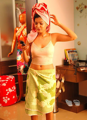 Samantha Hot in Towel Photo Gallery