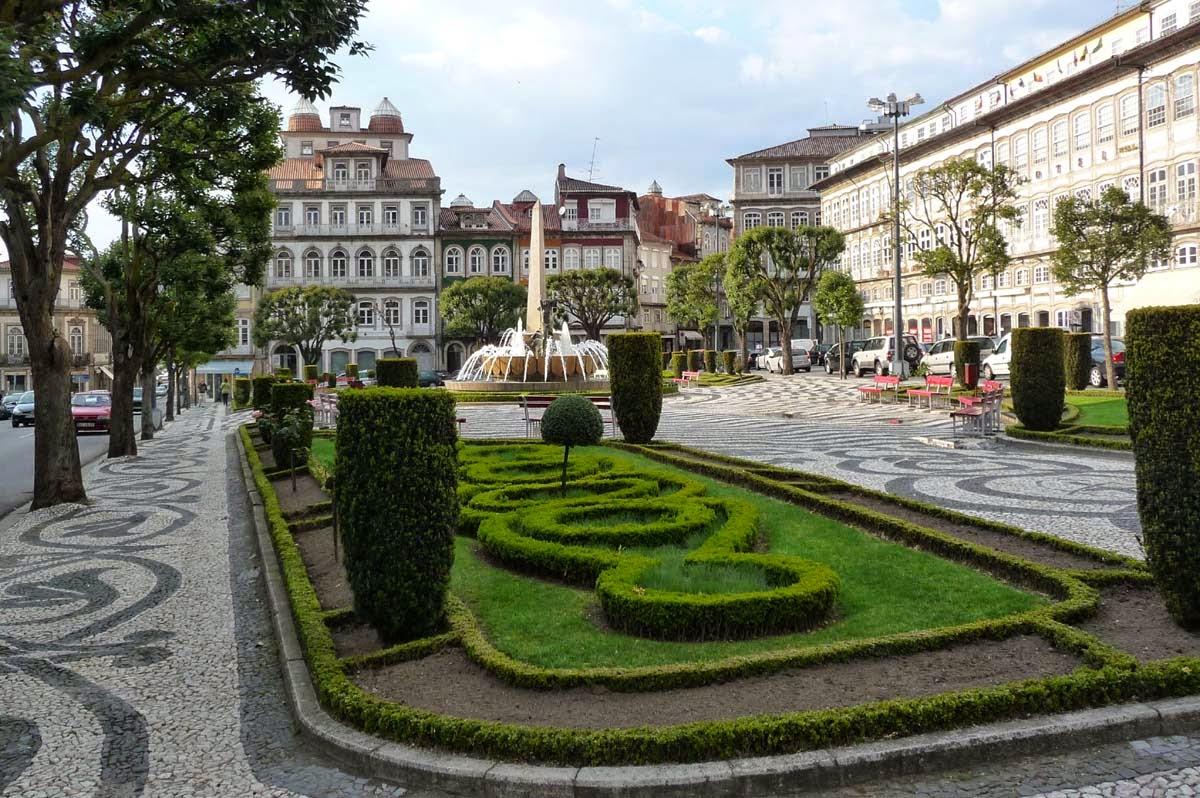 Todas as ofertas de empregos Loja - Guimarães. Encontrar todos os empregos com o buscador forex-trade1.ga