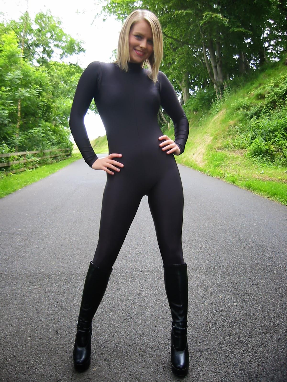 black chick in spandex