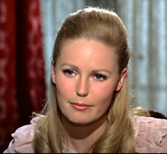 Our Interview with Veronica Carlson