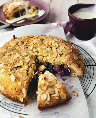 Spiced pear, blueberry and almond shortcake
