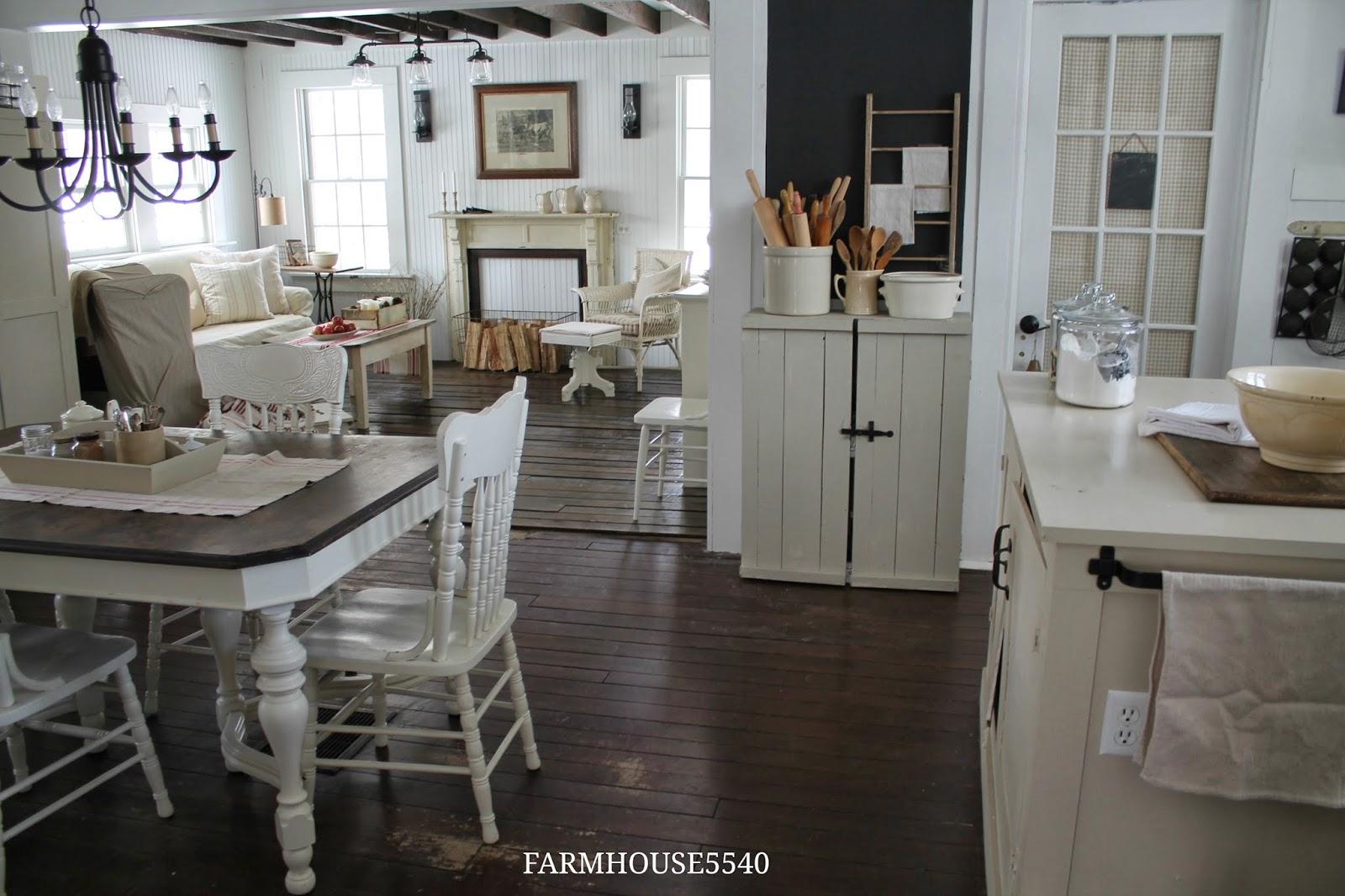 FARMHOUSE 5540 Family Room Part Three