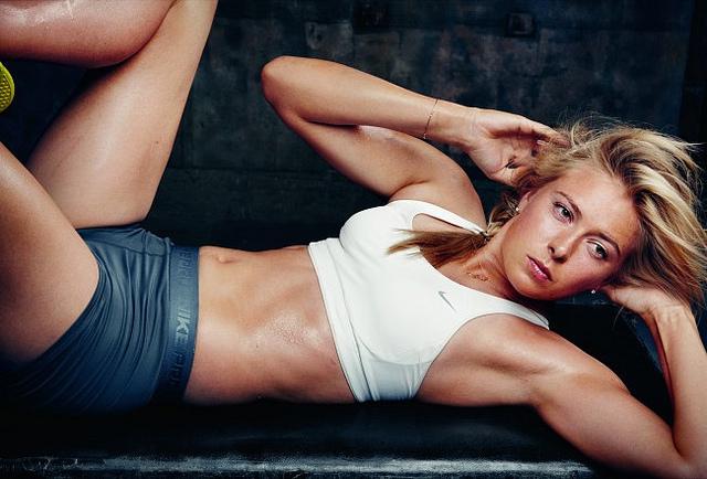 http://4.bp.blogspot.com/-Fl6Qqt4FmwU/Tf7je6A8ivI/AAAAAAAABDg/uAdJUzWSE-4/s1600/Maria-Sharapova-Nike-Make-Yourself-Team-Campaign.jpg