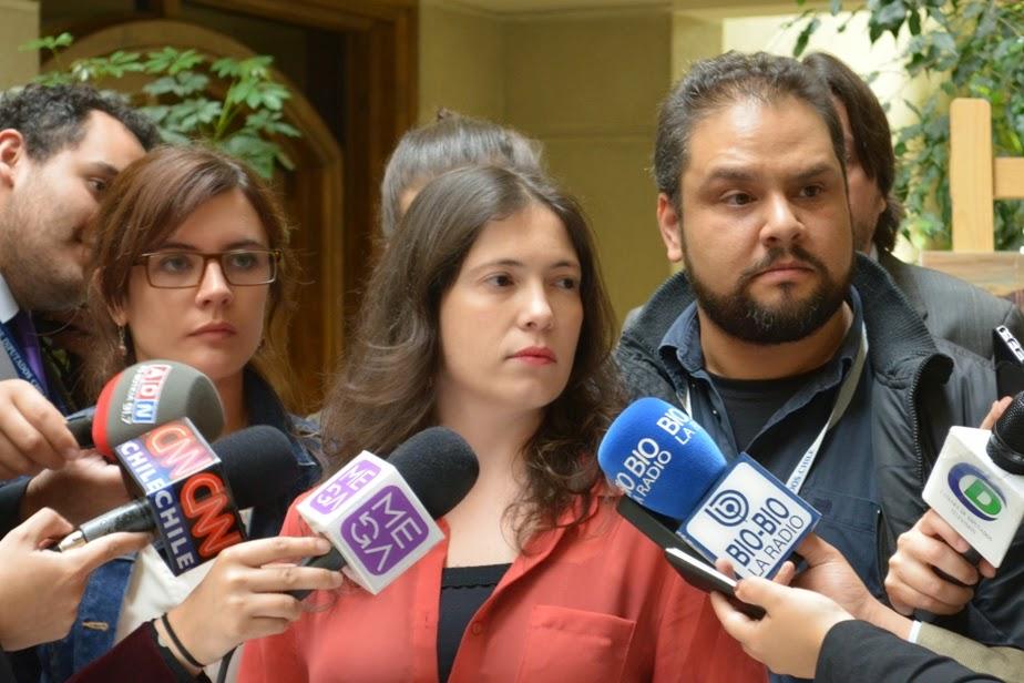 Colegio de Periodistas, diputados y dirigentes acusan despidos y prácticas antisindicales en ADN Radio
