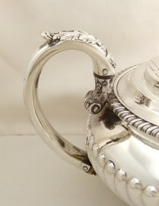 ANTIQUE HALLMARKED STERLING SILVER TEAPOT -1823 - CHARLES PRICE - 753g