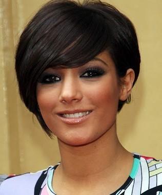 http://4.bp.blogspot.com/-FlkWtkA_bgI/Th27Rm4OH-I/AAAAAAAAAqI/gszzytbicoY/s1600/new+2011-Bob-Hairstyles.jpg