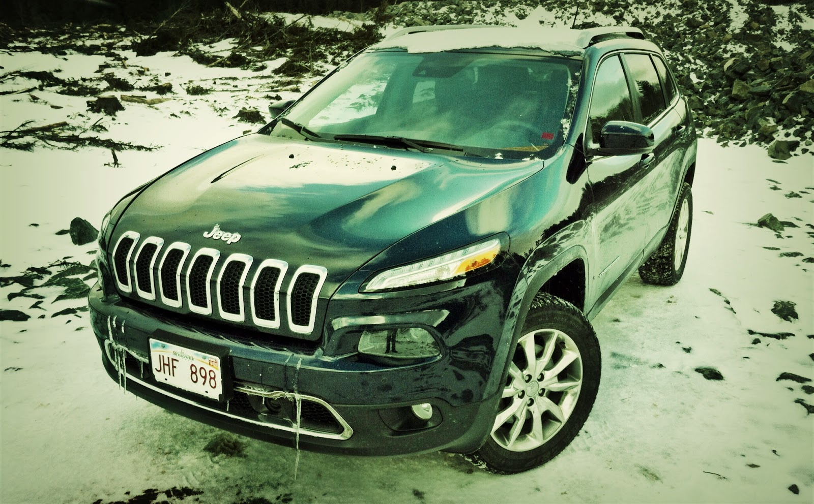 2014 Jeep Cherokee grille