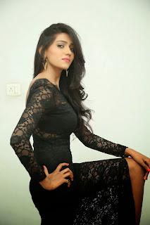 Shalu Chourasiya (12).jpg