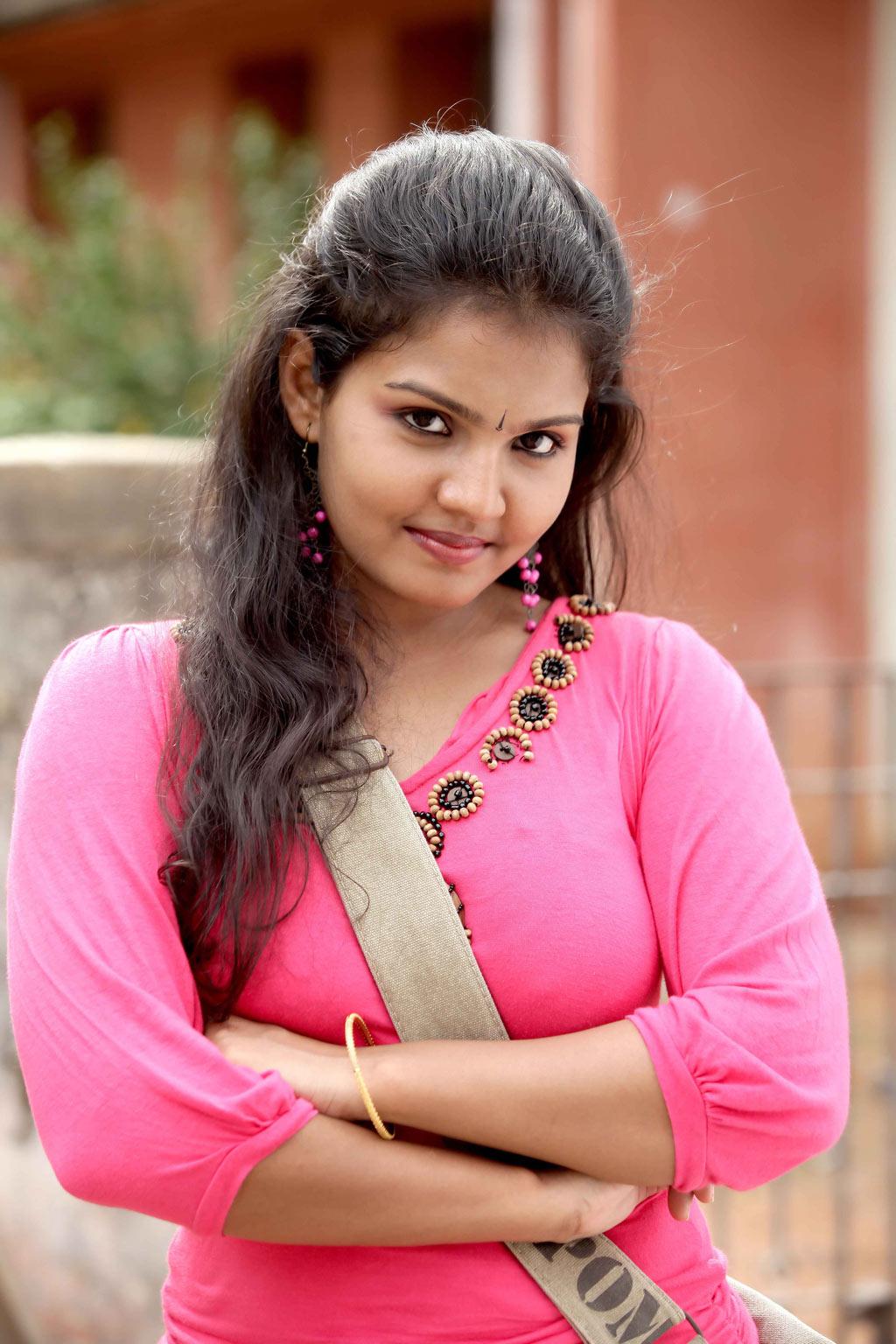 Rambha Photos-Hot Sexy Photos of Rambha with new hot images Latest tamil movie photos