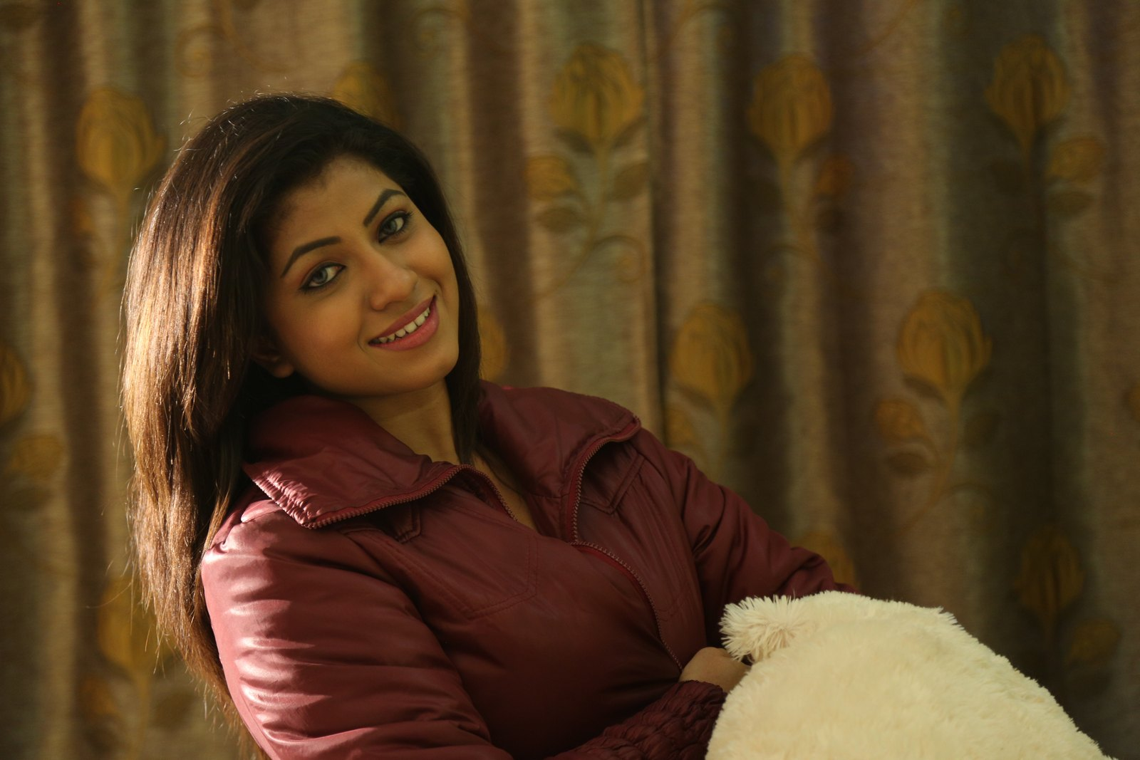 Actress Geethanjali photos from Affair-HQ-Photo-8