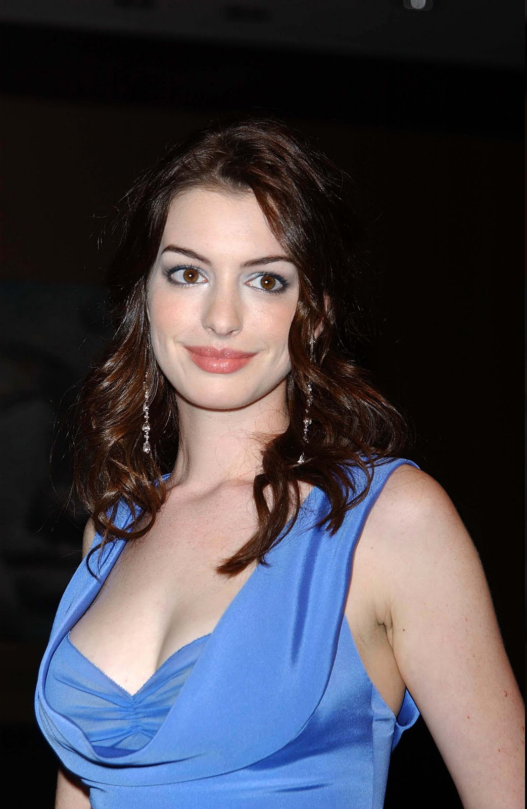 Hathaway pics stars picture 36