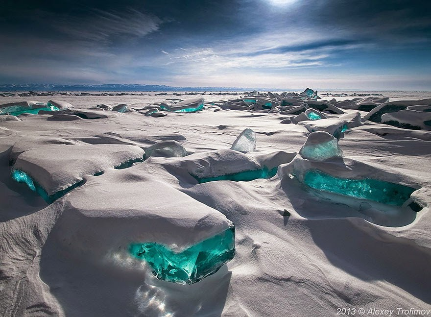 1. Emerald Ice On Baikal Lake, Russia  - 18 Beautiful Frozen Lakes, Oceans And Ponds That Resemble Fine Art