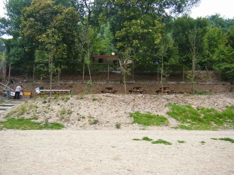 Parque de Merendas na Praia Fluvial do Reconquinho