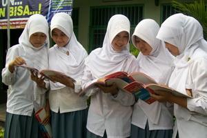 Kemenag Terapkan Kurikulum Baru Di Madrasah Pada 2014 Abdi Madrasah