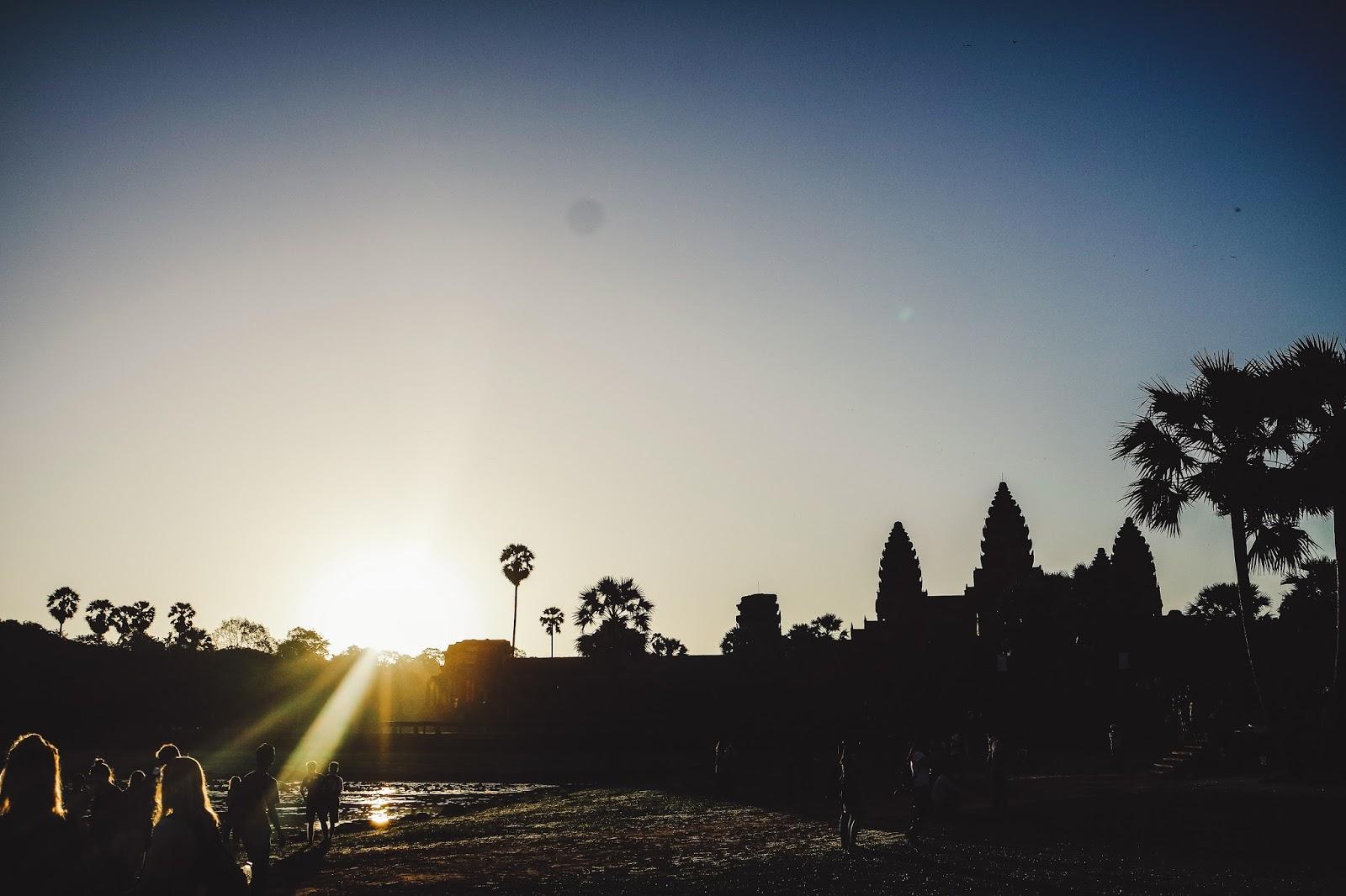 angkor-wat-sunrise-2