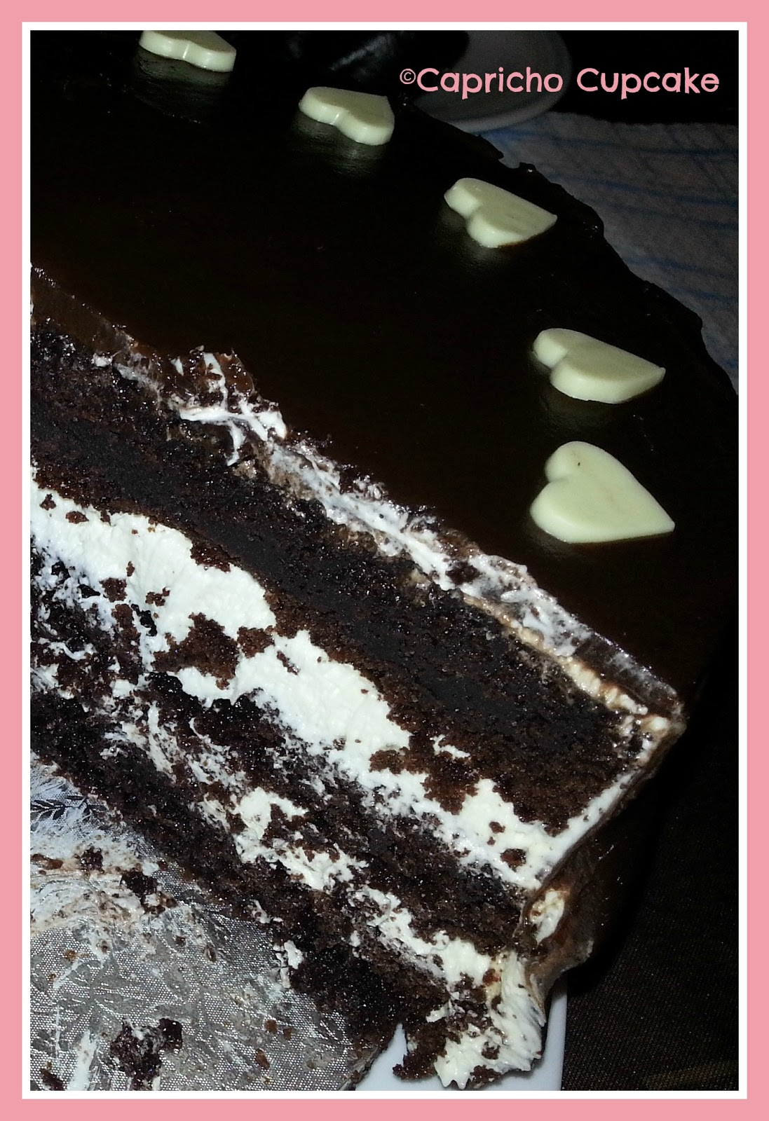layer cake chocolate, chocolate blanco y ganache capricho cupcake