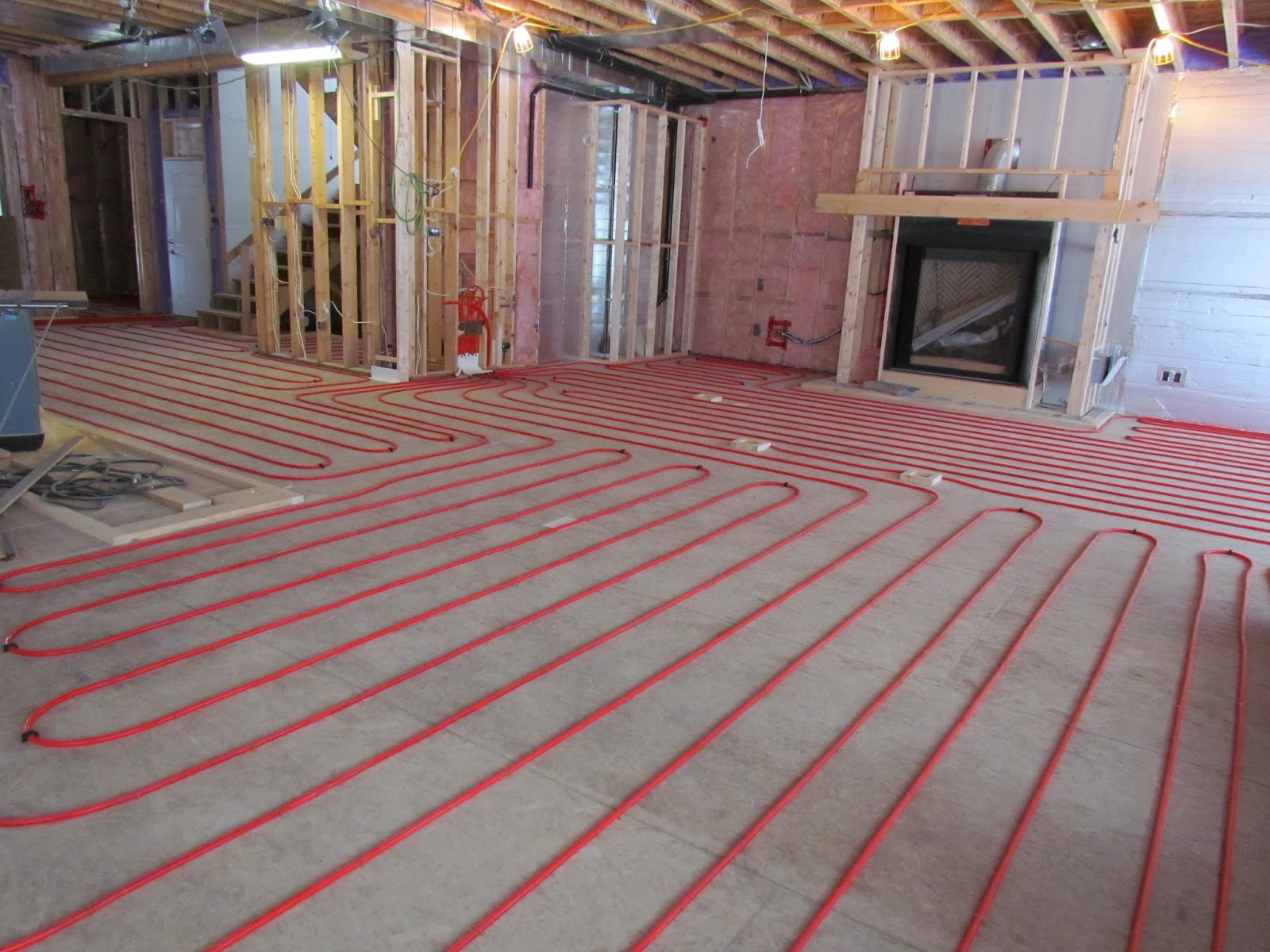 Superbe Radiant In Floor Heating In The Basement