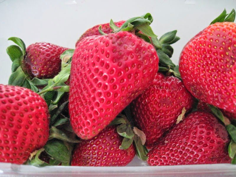 varför heter det jordgubbar