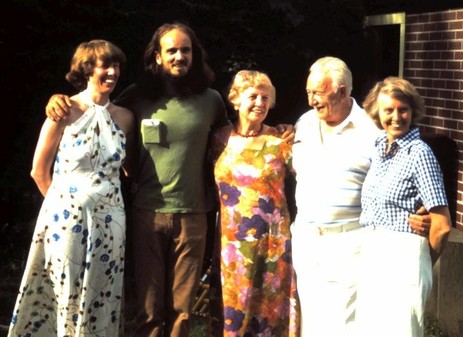 1977 Lynn & David & Anetta & Alton & Elizabeth.