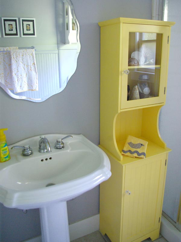 Oleander and palm grey and yellow bathroom redo