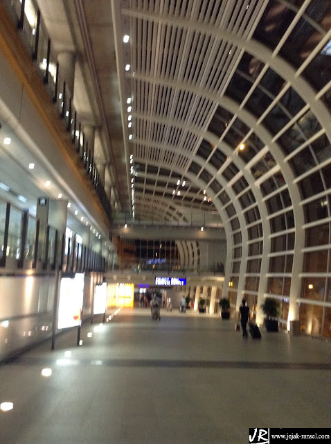 """Bandara Internasional Hong Kong"""