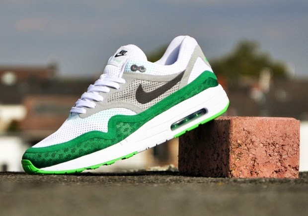 Dropping instore is the Air Max 1 BR in both green and blue colourways  (pictured below) in the classic Air Max 1 shape with a more lightweight  breathable ... 881ce68111