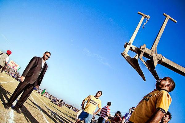 A Bizarre Stunt, Rural Olympics at Kila Raipur