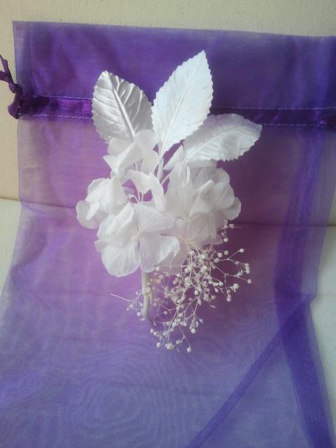 tocado, comunión, boda, broche, flores, hojas, tocados baratos, tocados económicos, tocados de comunión