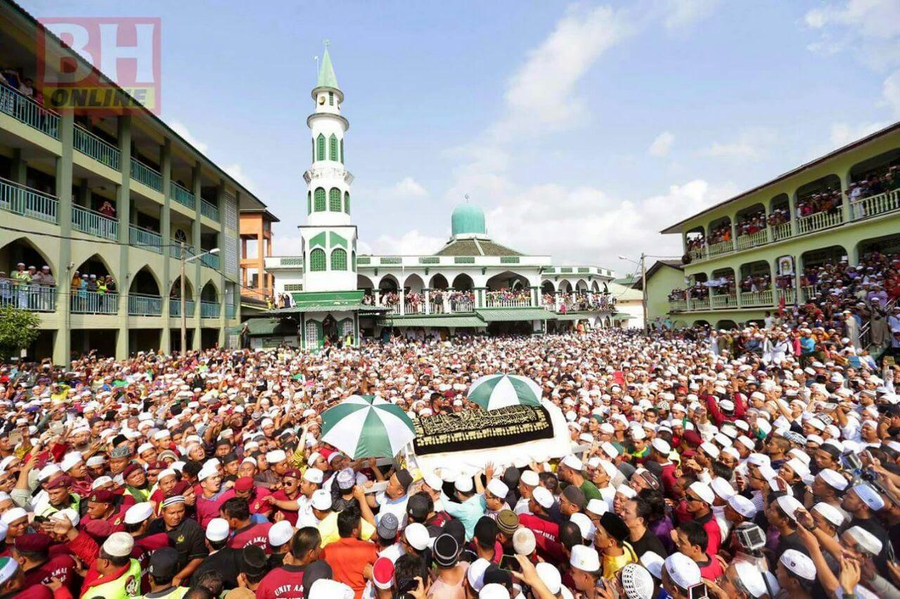 Al Fatihah Buat Almarhum Tuan Guru Nik Aziz